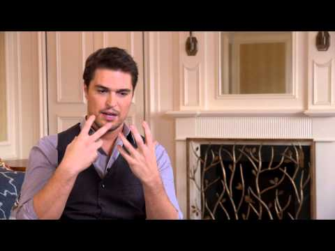 "Son Of God: Diogo Morgado ""Jesus"" On Set Movie Interview"