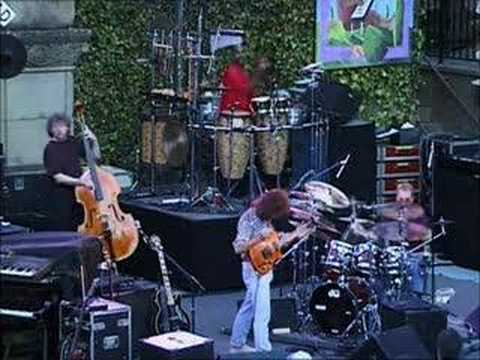 Pat Metheny - Paul Wertico - Follow Me ( live )