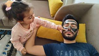 Ayşe Ebrar Babası Uyurken Yüzünü Boyadı. Babası Çok Çirkin Oldu. Eğlenceli Çocuk Videosu