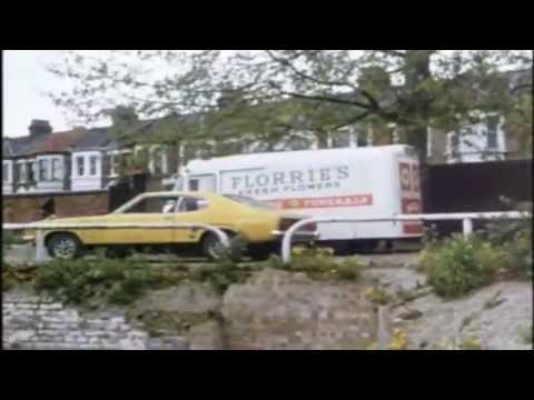 The Sweeney 'Ringer' (1975) | Opening (Clip 1) - Ian Hendry (Intro To First Ever Show!)