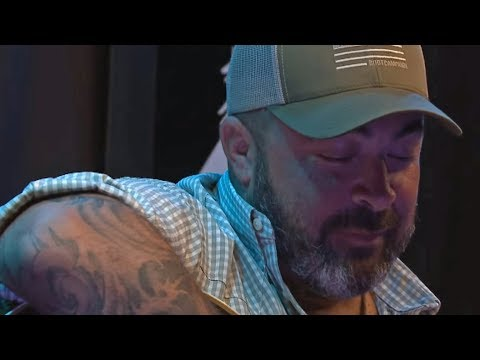"""Aaron Lewis Says Fame Has """"Cost Me Friends, Family, Everything"""""""