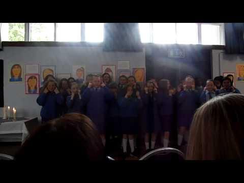 Marist Primary School - 6th year girls Graduation  2015