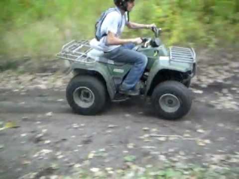 Kawasaki Bayou 250 ripping up the track. - YouTube