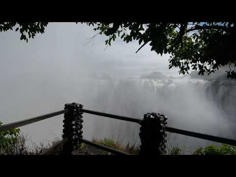 P4176292   Victoria watervallen