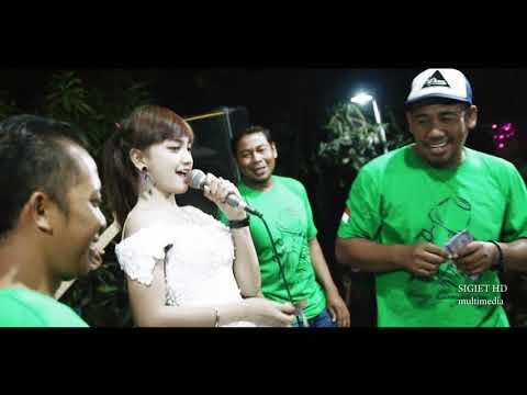Jihan Audy Live