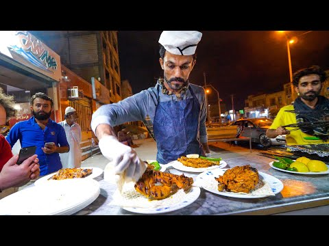 Street Food Balochistan!! 🌶️ SPICY CHICKEN CHEF + Visiting MARS in Chabahar, Iran!