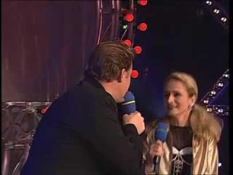 Nicole & Johnny Logan - No One Makes Love Like You 2001