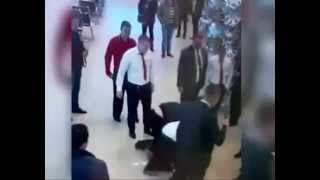 Менеджер автосалона наказал быдло клиента