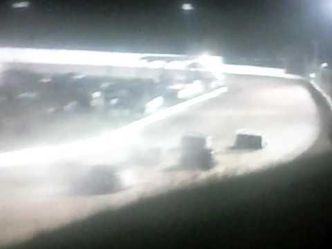 Bedford Speedway 9-2-16 SLM Heat 2 LDC