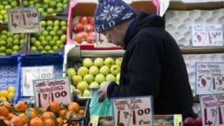UK  February Inflation Rate Falls to Zero for First Time