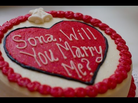 surprise-wedding-proposal-at-rockefeller-center-magnolia-bakery-in-new-york-city