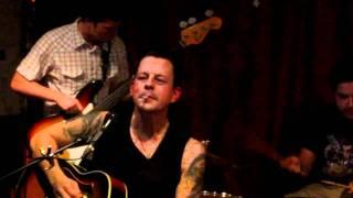 Ian Siegal and the Rhythm Chiefs - Little Queenie