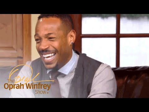 """Marlon Wayans and His Siblings Joke About How He Was """"Born Desperate"""" 