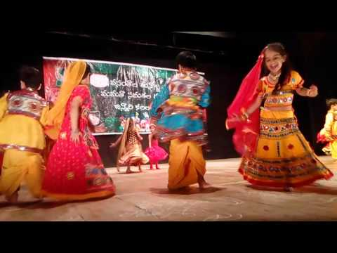 Rangi parodh aavi dance performance by...