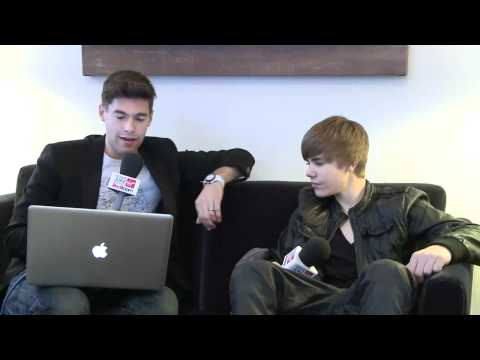 Justin Bieber Interview  - Meaner Than Simon Cowell - Red Room December 2010
