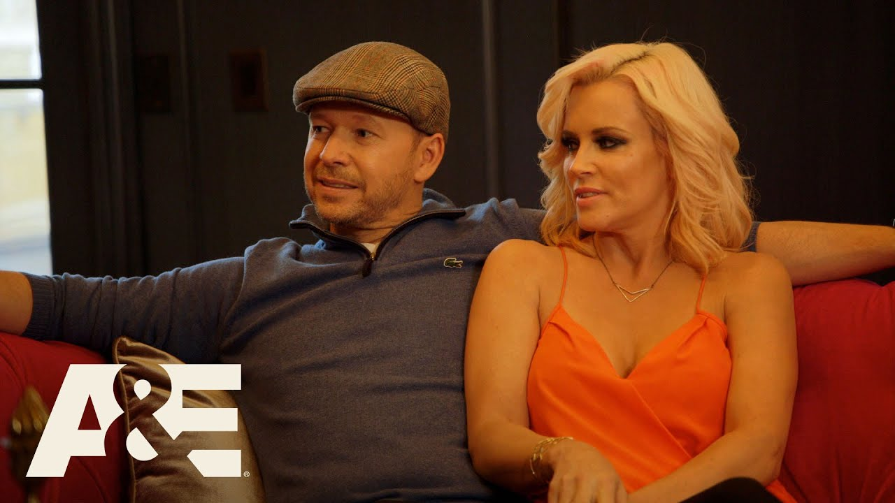 Download Donnie Loves Jenny: Getting Board Approval (Season 3, Episode 3)   A&E