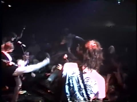 Nirvana  School   in Texas 1991 Remastered Kurt Gets Pissed Off