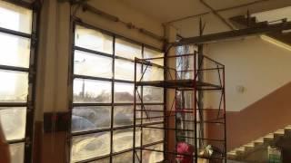 видео промышленные панорамные ворота алютех