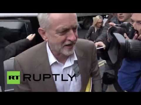 UK: Tensions high as Corbyn arrives at crucial Labour leadership meeting