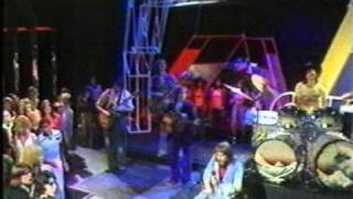 Robert Wyatt I M A Believer 1974 Top Of The Pops Playback With Nick Mason Mpg