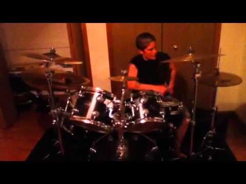 Girl drummer solo