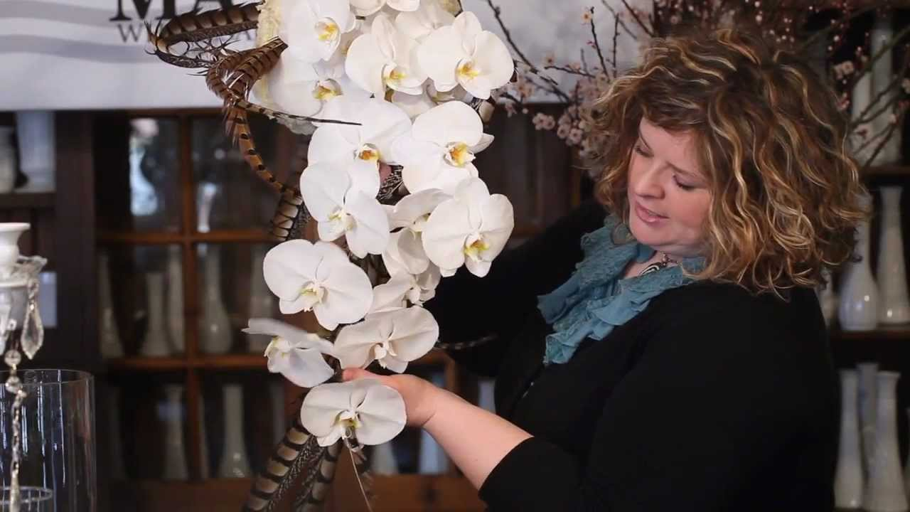 The Art of Flowers May 2012: Couture Cascade Bouquet - YouTube