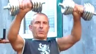 Подъем гантелей перед собой: как накачать плечи(У нас Вы можете заказать индивидуальную программу тренировок по интернету: http://atletizm.com.ua/personalnyj-trener/uslugi ..., 2012-08-27T16:05:29.000Z)