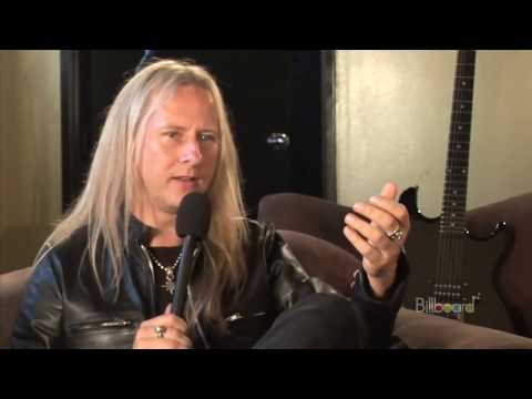 Jerry Cantrell on Layne Staley and the Inspiration for the cover of Black Gives Way to Blue