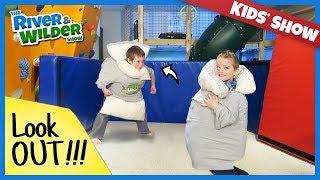 KIDS MAKE SUMO WRESTLING SUMO SUITS | TV FOR KIDS