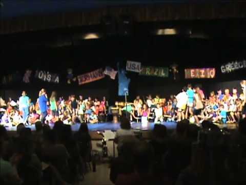 "Boyne City Elementary School ""World Grooves"" 2013"