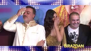 Bir Baba Hindu filminin galasında şıklık yarışı