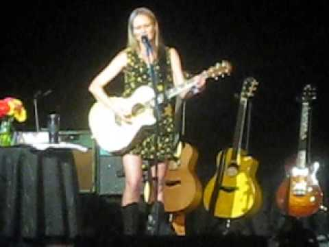 Jewel - Greatest Hits Tour Two Hearts Breaking/Nicotine Love Live in Houston 5/2/13