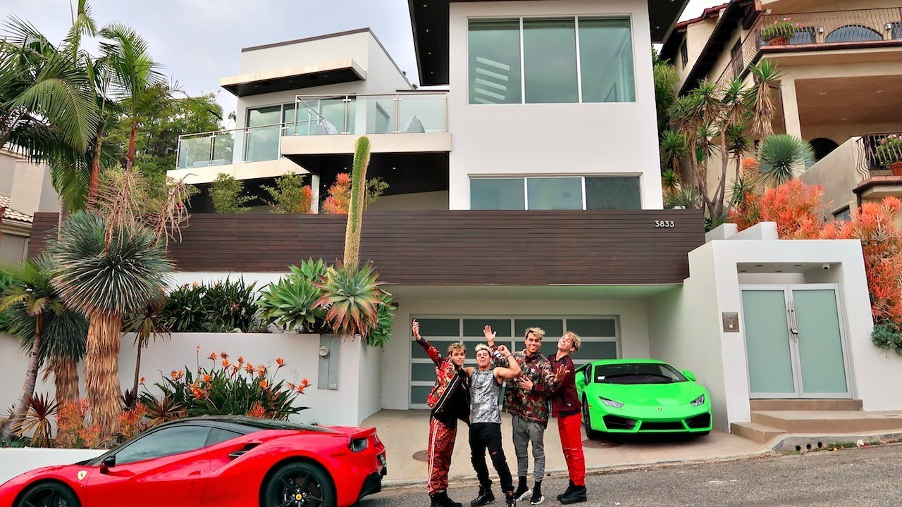8866f25c6f1 The New Dobre House Youtube