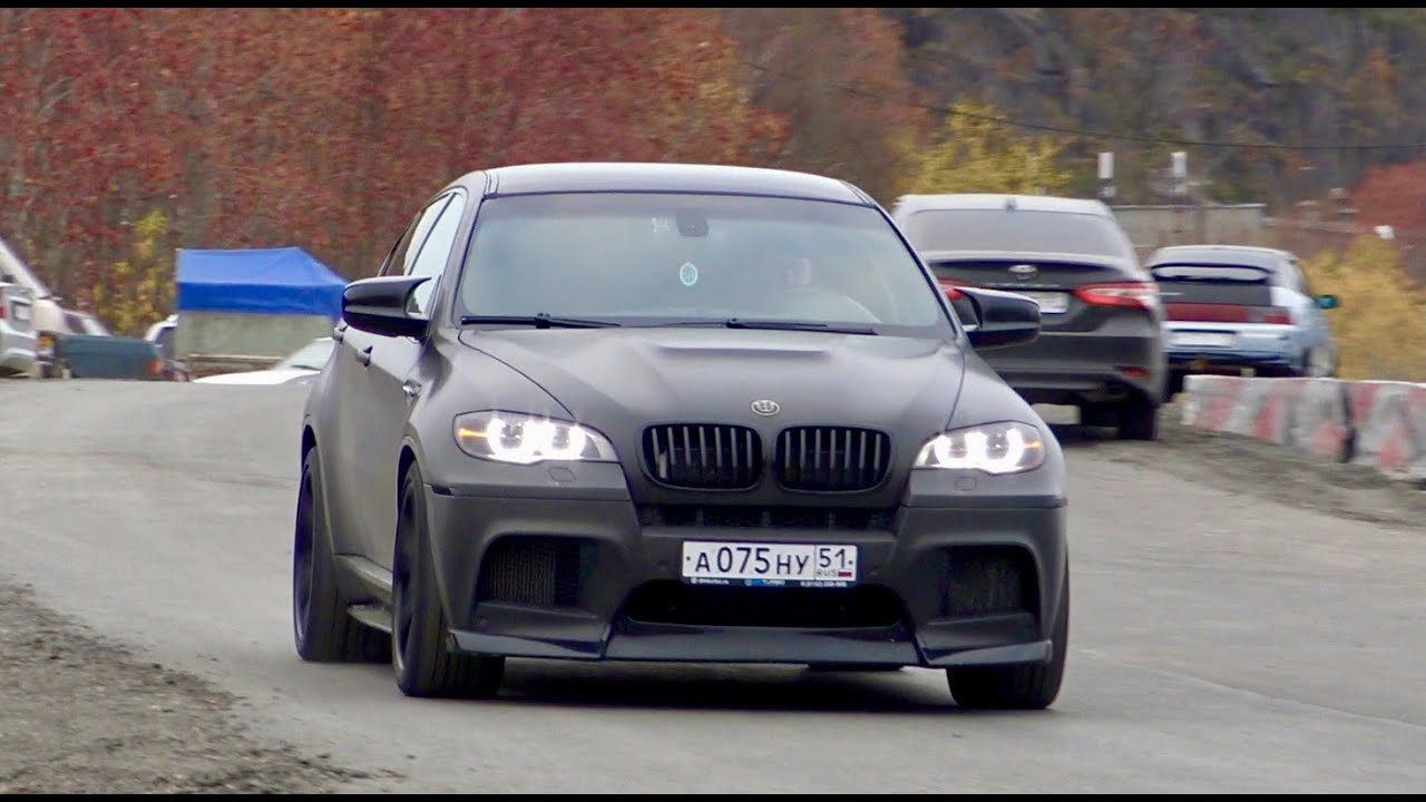 Как по идее должен ехать настоящий BMW.  X6M 724 hp.