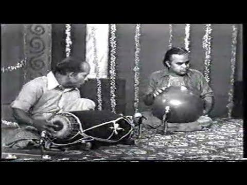Guruvayur Dorai and T H Vikku Vinayakram Thani Avarthanam