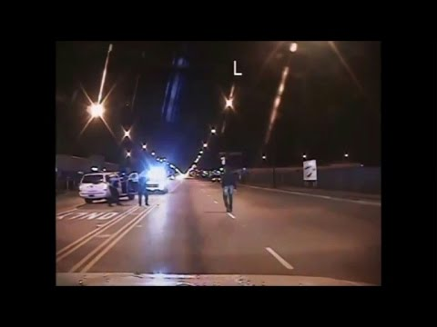 Chicago police release video of US shooting