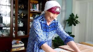 Как приготовить настоящую домашнюю лапшу. Супер-бабушка))) babushka