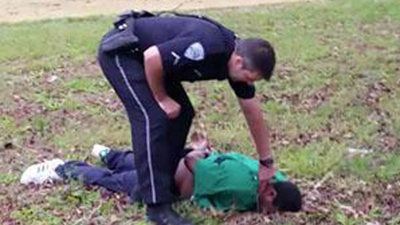 Judge Sets Killer Cop Free. NO JUSTICE For Walter Scott