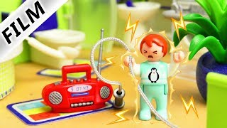 Playmobil Film deutsch   EMMA bekommt heftigen STROMSCHLAG   Julians Schuld? Serie Familie Vogel