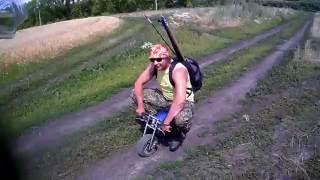 лягушка на мотоцикле
