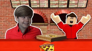 WORK AT A PIZZA PLACE! - Roblox