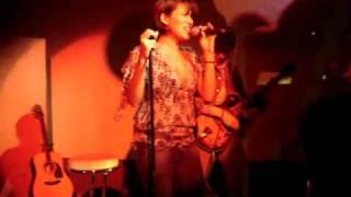 Vanessa Petruo - I Don't Need A Gun (acoustic)