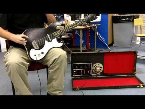 Danelectro Silvertone vintage small scale guitar