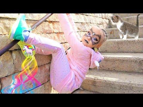 Алиса ПРИНЦЕССА пауков в парке развлечений для детей Порт Авентура ! PORT AVENTURA park for kids - Видео онлайн
