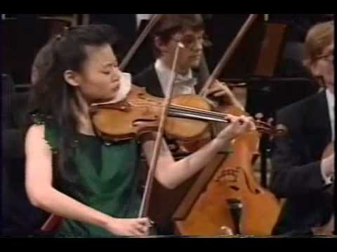 Midori Goto(五嶋 みどり)Plays Tchaikovsky Violin Concerto in D Major, Op. 35