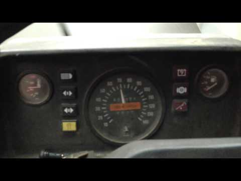 Mercedes Benz 207d Dangerous Speed Of 80 Km / H