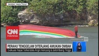 Detik-detik Perahu Tenggelam Diterjang Amukan Ombak