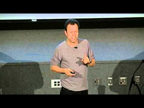"""Contemporary Perspectives Lecture: Vik Muniz of """"Waste Land"""""""