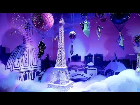 vitrine de noel paris 2018 galerie lafayette Paris vitrines de Noël Christmas 2017, Printemps Haussmann  vitrine de noel paris 2018 galerie lafayette
