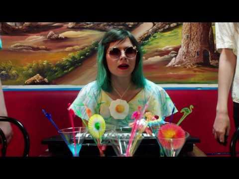 Ninni Forever Band: Kuustoista nollakolme (Official Music Video)
